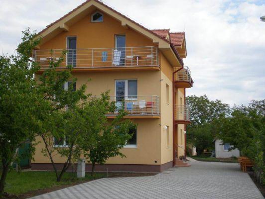 """Podhájska – Penzion """"Astra"""""""