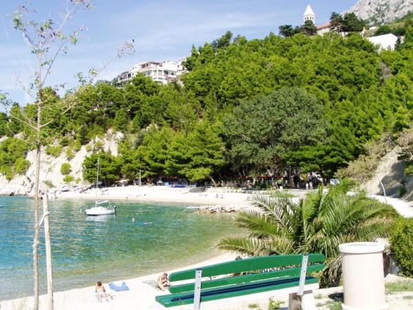 pláž Brela 2